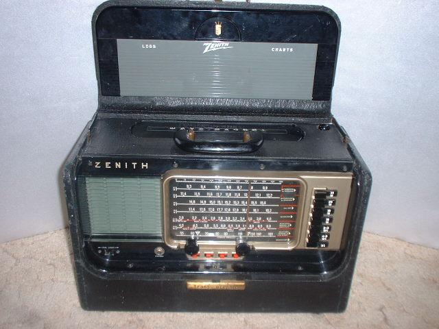 Groovy Old Radios
