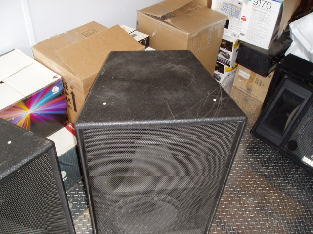 http://www.pispeakers.com/misc/ONeal_A-1_Stuff_For_Sale_005.jpg